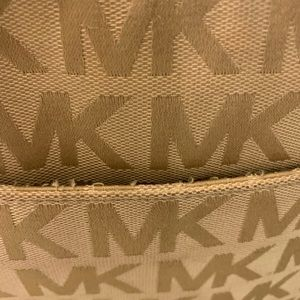 Michael Kors Bags - Michael Kors Jet Set Tote